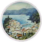 Vernazza Cinque Terre Italy Round Beach Towel by Marilyn Dunlap