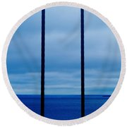Vertical Cables Round Beach Towel