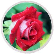Very Dewy Rose Round Beach Towel