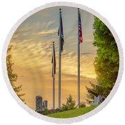Veteran's Memorial Park Round Beach Towel
