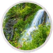 Vidae Falls, Oregon Round Beach Towel