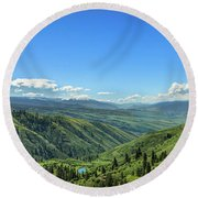 View From White Bird Hill Round Beach Towel