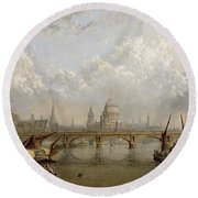 View Of London  Round Beach Towel