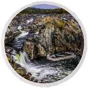 View Of The Great Falls Round Beach Towel