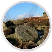 View Of The Mother Cap Gritstone Rock Formation, Millstone Edge Round Beach Towel