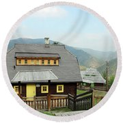 Village With Wooden Houses On Mountain Round Beach Towel