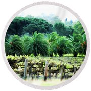 Vino Palmetto Round Beach Towel