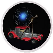 Vintage Car Carrying Christmas Ornament Round Beach Towel