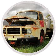 Vintage Flatbed Milk Truck Portrait Round Beach Towel