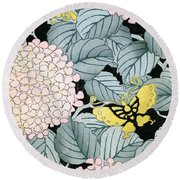Vintage Japanese Illustration Of A Hydrangea Blossoms And Butterflies Round Beach Towel