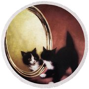 Vintage Kitty Cat Round Beach Towel
