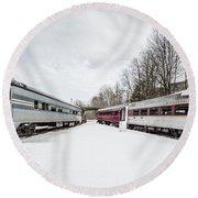 Vintage Passenger Train Cars In Winter Round Beach Towel