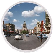 Vintage View Downtown Austin Looking Up Congress Avenue In Front Round Beach Towel