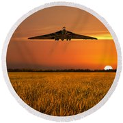 Vulcan Farewell Fly Past Round Beach Towel