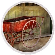Wagon - That Old Red Wagon  Round Beach Towel