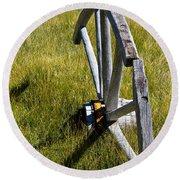 Wagon Wheel In Grass Round Beach Towel