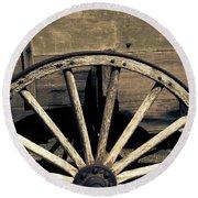 Wagon Wheel - Old West Trail N832 Sepia Round Beach Towel