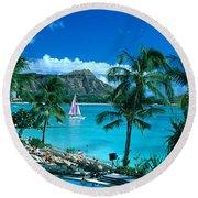 Waikiki And Sailboat Round Beach Towel