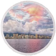 Waikiki Beach Sunset Round Beach Towel
