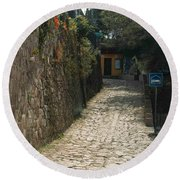 Walking The Streets Of Santa Lucia - 2 Round Beach Towel