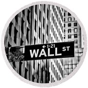 Wall St Sign New York In Black And White Round Beach Towel