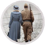 Wartime Couple Round Beach Towel