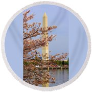 Washinton Monument In Spring Round Beach Towel