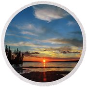 A Delightful Summer Sunset On Lake Waskesiu In Canada Round Beach Towel