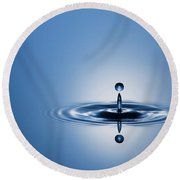 Water Drop In Blue 1 Round Beach Towel