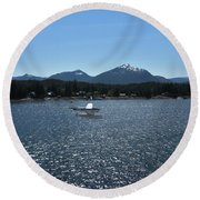 Water Landing Round Beach Towel