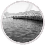 Water Scene In B And W Round Beach Towel