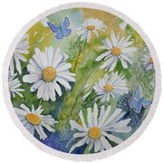 Watercolor - Daisies And Common Blue Butterflies Round Beach Towel