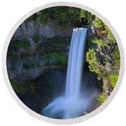 Waterfall At Brandywine Falls Provincial Park Round Beach Towel