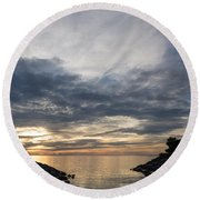 Waterscape In Gray And Yellow Round Beach Towel