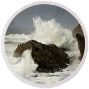 Wave At Shore Acres 2 Round Beach Towel