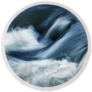 Wave Of The Veil On The River Round Beach Towel