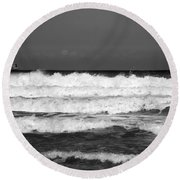 Waves 1 In Bw Round Beach Towel