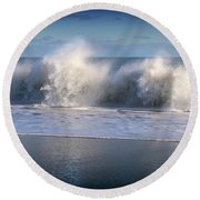 Waves Against The Wind Round Beach Towel