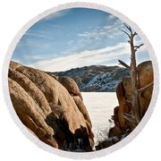 Weathered - Pathfinder Reservoir - Wyoming Round Beach Towel