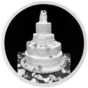 Wedding Cake Round Beach Towel