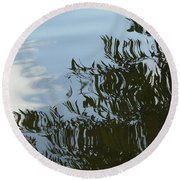 Weeping Willow Reflection Round Beach Towel