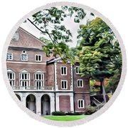 Wellesley College Walsh Alumni Hall Round Beach Towel