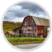 West Virginia Barn Round Beach Towel