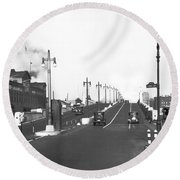 Westside Express Highway In Ny Round Beach Towel