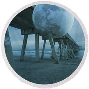 Waning Moon Round Beach Towel