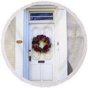 White Door In Charleston Sc Round Beach Towel by Susanne Van Hulst