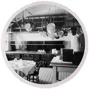 White House Kitchen, 1901 Round Beach Towel