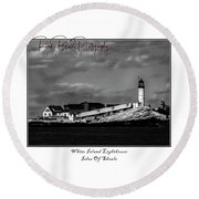 White Island Lighthouse Round Beach Towel