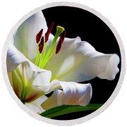 White Lilium Round Beach Towel