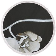 White Orchid Third Section Round Beach Towel